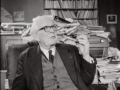 Piaget dans son bureau, 1966, Archives RTS