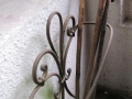Les cannes dans le porche d'entrée